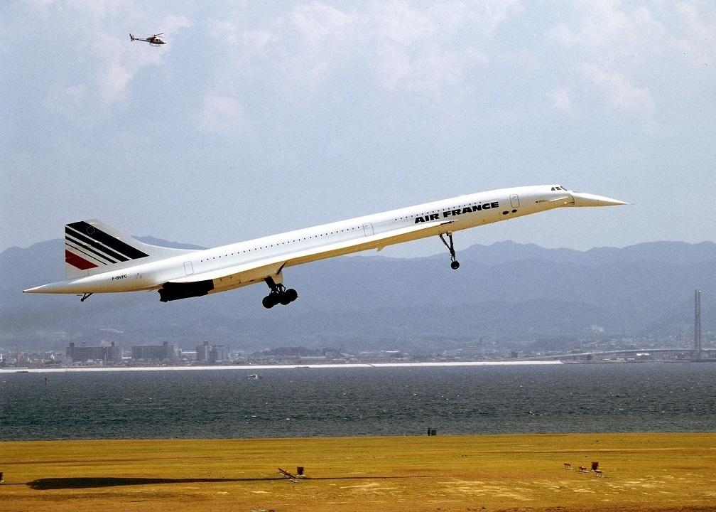 Concorde_1_94-9-5_kix.jpg