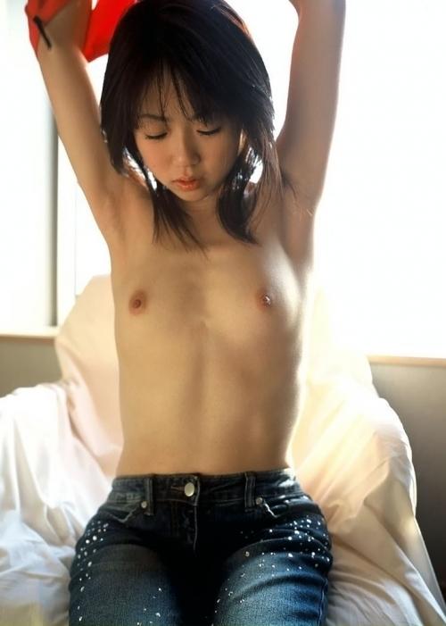 少女:顔・二の腕・乳房.jpg